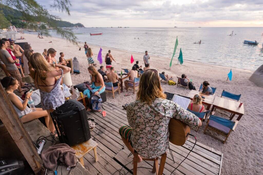 Chill out at a Goodtime Beach Bar today – Goodtime Thailand